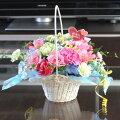 【生花】母の日の白い花かご(ピック付き)さらにピック1本サービス!