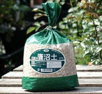 硬质的鹿沼土(2.5L)透气性保水性土壤改良材泥土改质剂园艺材料