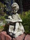 男の子 ボーイ イングリッシュ 英国ガーデニング ガーデン 魔除けグッズ ストーン製 送料無料【花遊び】『English Boy Reading』