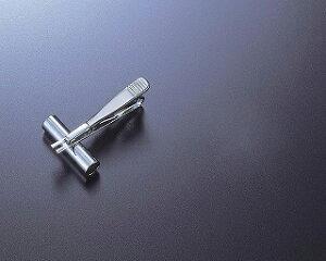 即日 金具651パイプピン シルバー/83-651-0花資材・道具 ブローチ・コサージュピン、金具 手作り 材料