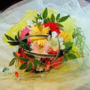 【ガーベラのミニブーケ(花束)】プリティウーマン【誕生日や発表会、記念日のお祝いに/出産祝い、新築祝いに/送別会のプレゼントに/お悔やみ、お供えに/お見舞いの差し入れに/お礼・ご挨