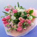 【送料無料】赤やピンクや黄色のチューリップと春の花の花束(ブーケ)【ホワイトデー、誕生日や発表会、記念日のお祝い…