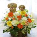 【送料無料/あす楽対応】親子の犬2匹のトピアリー(人形)と季節の花をアレンジしたフラワーギフト【フラワーアレンジメ…