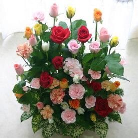 【夏限定特別クール便対応】敬老の日に バラ30本と季節の花のフラワーアレンジメント(アレンジメントフラワー) 誕生日に薔薇をプレゼント【誕生日 発表会 記念日 お祝い 出産祝い 新築祝い 送別会 お見舞い】
