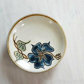 やちむん (沖縄陶器) 5寸皿 ハイビスカス 青   プレート 皿 食器 取皿 中皿 線彫り 焼き物