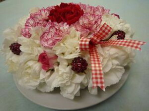 フラワーケーキ 生のお花で作るケーキ 6号サイズ  ケーキアレンジ ケーキの箱に入れてお届けします 送料無料