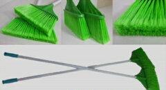 こけら箒疲れにくい長さ134センチ毛数多い細かいゴミも掃ける現場用ほうき清掃