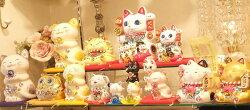 招き猫デコレーションキラキラ置物ラインストーンのデコレーションがかわいい♪お座り招き猫:ホワイト商売繁盛開店祝い合格祈願御祝内祝縁起物デコ【HLS_DU】