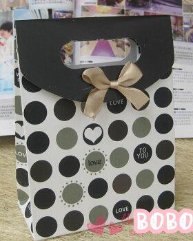 ラッピング資材・包装資材:ギフトペーパーバッグ・紙バッグ(黒水玉・LoveTOYou)*