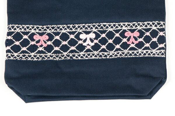 【手刺繍スモッキング】【リボン柄ピンクB】紺色布製:巾着バッグ【シューズケースやお着替え入れに人気!】日本製