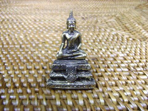 仏様の真鍮製ミニ置物 その7/エスニック/アジアン雑貨(ポスト投函配送選択可能です)