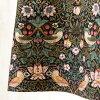 Square neck color dress [domestically] made with moda Japan William Morris strawberry シーフ