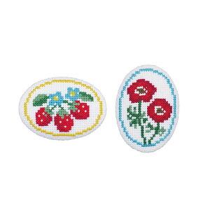 刺繍キット イチゴとアネモネ(白)くるみボタン風ブローチ オリムパス No.9063