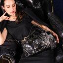 【FRUTTI】グロッシーな黒が、大好きな黒をドレスアップ。サイドボストン Jessica Marion(ジェシカ マリオン)