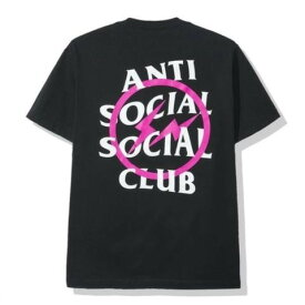L【Fragment Design x ANTI SOCIAL SOCIAL CLUB フラグメントデザイン x アンチ ソーシャル ソーシャル クラブ ピンク ボルト Tシャツ BLACK/PINK ブラック/ピンク 2019AW 正規品】
