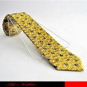 小さなパンダと背景に笹をデザインしたキュートなネクタイです。☆面白ネクタイ/アートネクタイ/パンダ/ジョークタイ/