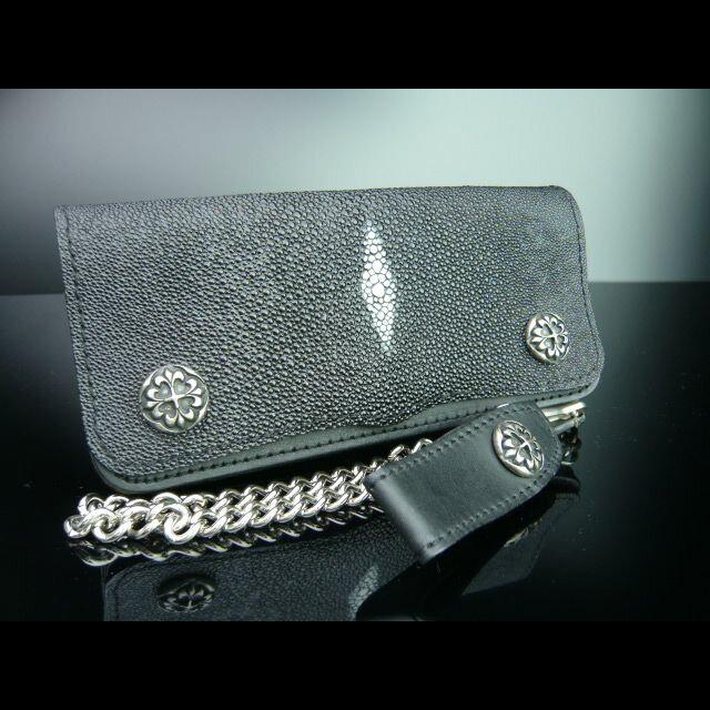 スティングレイの長財布