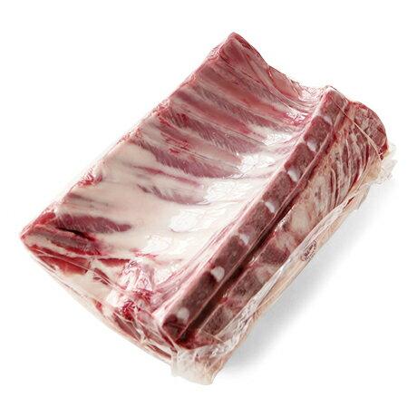 ニュージーランド産スタンダードラムラック(ラム骨付きロース 仔羊 ラム肉 ラムブロック)(生後1年未満の仔羊肉となります。)【約900g】【冷凍のみ】【D+0】【父の日 ギフト プレゼント お返し お中元 お歳暮 パーティ】