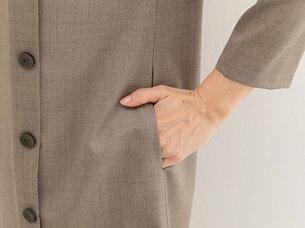 ブティックひできゆるやかカーブ切り替え片側タック付きワンピース