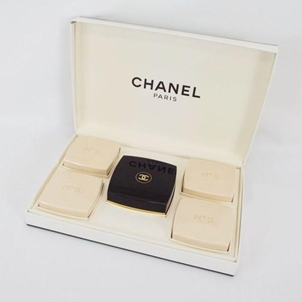 シャネル 香水 NO.5 未使用 石鹸 75g×5 ケース付 フレグランス 中古 CHANEL ナンバー5