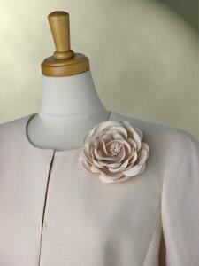 ローズ コサージュ ウール100% 共布コサージュ 二重織 ダブルウール コサージュ ローズ ペールオレンジ スーツとセット 日本製 職人手作り