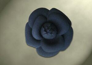 コサージュ 入学式 卒業式 カメリア 紺 純日本製 ウール100% 薄手ウール 共布コサージュ 職人手作り 日本製