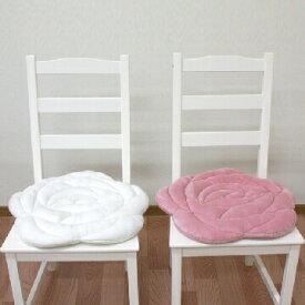 【送料無料】 バラのローズキルト加工によって、可愛い花びらを表現したあったかなクッションです。 冷え症の方に最適! 洗える 背もたれ あったか 温か いす 椅子クッション 車や オフィスに 学習に