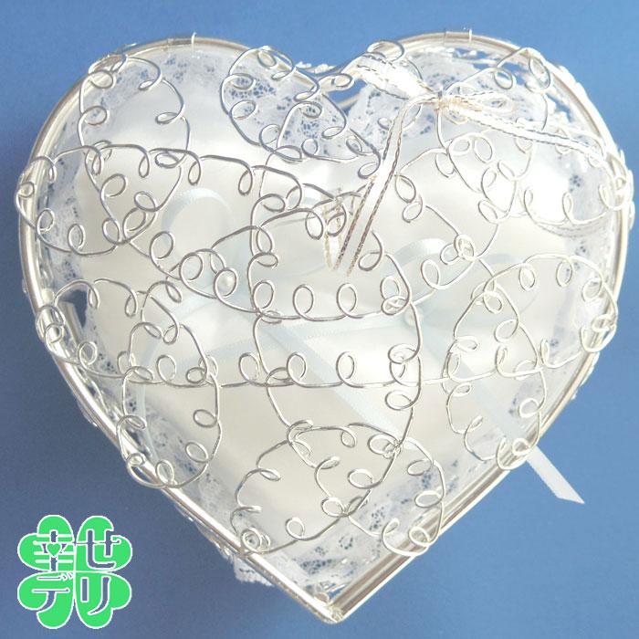 サムシングブルーリボンのハート型リングピロー完成品(結婚式 シルバー ワイヤー)