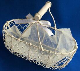 ミニサイズのアイボリーバスケットS(幅約23cm)【ワイヤー 結婚式 フラワーシャワー プチギフト 小物用かご】【あす楽】