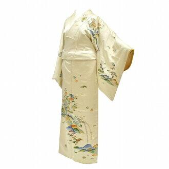 L yellow flower slightly plump visiting dress used kimono recycling pure silk fabrics newly made crested kimono lined kimono recycling 着物裄 66cm medium size dress length 150cm small size, pine pattern mm0146b