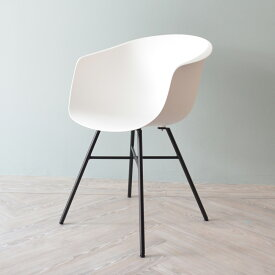 .コスメーアチェア CosmeaChair オシャレ 椅子 ダイニングチェア カラフル いす ベーシック樹脂 オリジナル シンプル 送料無料 おしゃれ チェアー カフェ 一人用 一人掛け