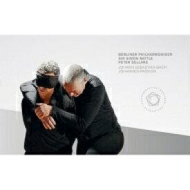 【送料無料】 Bach, Johann Sebastian バッハ / ヨハネ受難曲 ラトル&ベルリン・フィル(ブルーレイ+DVD)(日本語字幕付) 【BLU-RAY DISC】