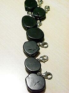 Bincho-tan Charm [Key Holder]携帯電話・ポーチ・ジッパーのアクセントに♪備長炭キーホルダー/チャーム 1個
