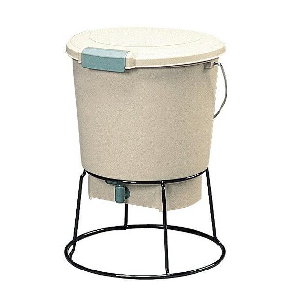 生ゴミ発酵器 EM-18[アイリスオーヤマ]家庭の生ごみをたい肥にリサイクル エコ 堆肥作り ガーデン用品 肥料づくり 家庭菜園 ガーデニング 生ゴミ処理 ゴミ削減 園芸 畑 家庭菜園