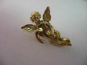 【送料無料】ジュエリー・アクセサリー プリティクオリティゴールドブローチjoli qualite or ton ange religieux broche