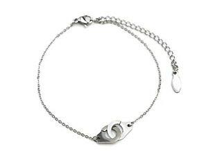 【送料無料】ジュエリー・アクセサリー チャームインターレースドメトッテスシルバースチールファインチェーンブレスレットbc1801e bracelet fine chaine avec charm menottes entrelacees acier argente
