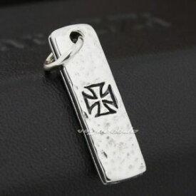 【送料無料】ジュエリー・アクセサリー スターリングシルバークロスタロットカードドッグタグメンズバイカーチャーム925 sterling silver cross tarot card dog tag mens biker charm pendant 8q019d