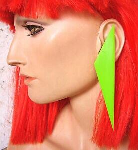 【送料無料】ジュエリー・アクセサリー グリーンプラスチッククリップイヤリング2235 boucles doreille clips en plastique vert