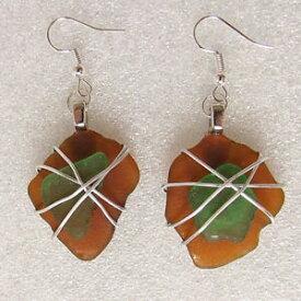 【送料無料】ジュエリー・アクセサリー アンバーブラウンライムグリーンワイヤーラップコーニッシュシーグラスイヤリングドロップamber brown amp; lime green wirewrapped cornish seaglass earrings 58 cms drop