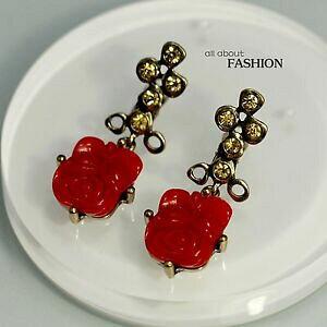 【送料無料】ジュエリー・アクセサリー イヤリングクリップオンゴールドレッドローズクリスタルフラワーペンダントヴィンテージorecchini clip on doro rosso rose cristallo fiore pendente intaglio vintage j1