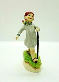 【送料無料】キッチン用品・食器・調理器具・陶器 ヴィンテージロイヤルウスター木曜日の子供はフィギュアに行くために遠いVintage Royal Worcester Thursday's Child Has Far To Go Figurine