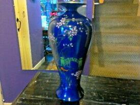 【送料無料】キッチン用品・食器・調理器具・陶器 濃い青色で、最もゴージャスなパターンを持っている素晴らしいシェリー花瓶AN AMAZING SHELLEY VASE,IN DARK BLUE AND HAS THE MOST GORGEOUS PATTERN