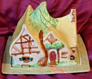 【送料無料】キッチン用品・食器・調理器具・陶器 ワドヒースアールデコディズニースノーホワイト小人カッテージチーズ料理Wadeheath art deco Disney snow white  seven dwarfs cottage cheese dish