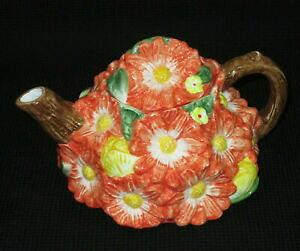 【送料無料】キッチン用品・食器・調理器具・陶器 スタジオノヴァティーポット春のチャーム花高Studio Nova Teapot Spring Charm 3D Flowers 4.75 High