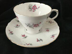 【送料無料】キッチン用品・食器・調理器具・陶器 シェリーピンクまたはレッドチャームカップソーサーセットShelley Pink or Red CHARM #13752 Cup  Saucer Set