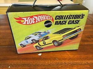 【送料無料】模型車 モデルカー ヴィンテージホットホイールコレクターレースキャリーケースvintage 1969 hot wheels collectors race carry case and 24 car