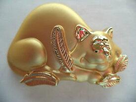 【送料無料】ネコ 猫 ネックレス ブドウajc goldtoneマットブローチピンvintage signed ajc goldtonematt fat cat ate bird broochpin rare