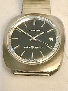 【送料無料】腕時計 ウォッチジャンボスチールjunghans astro quartz jumbostahlguter zustandjahr1976 alles funktioniert gut