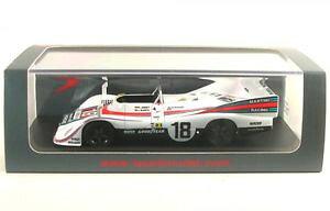 【送料無料】模型車 モデルカー スポーツカーポルシェルマンヨーストバースporsche 936 18 lemans 1976 r joestj barth