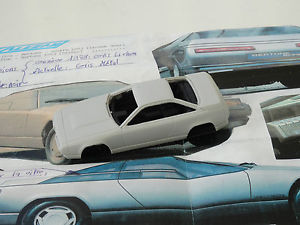 【送料無料】模型車 モデルカー スポーツカーモデルアルファロメオデルフィーノchestnut models 143 alfa romeo delfino 1983 concept
